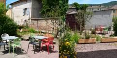 petite-terrasse-cote-jardin_hotelrestaurantabbaye-cluny copie